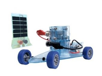 Dr. FuelCell Model Car Product Shot With fuel cell and PV module